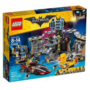 lego 70909 batcave break in