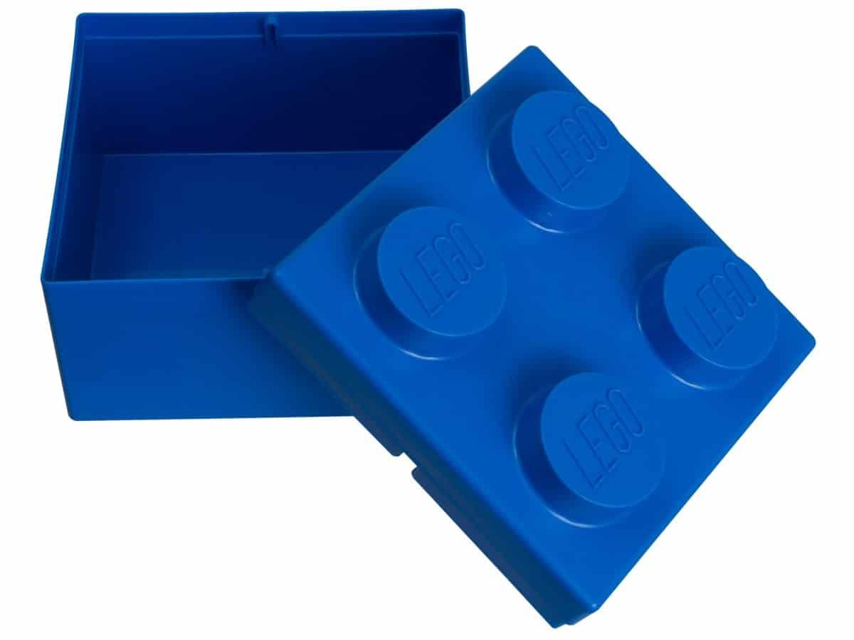 lego 853235 2x2 blue storage brick scaled