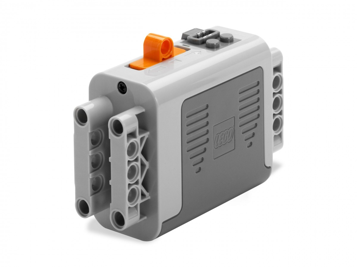 lego 8881 power functions battery box scaled