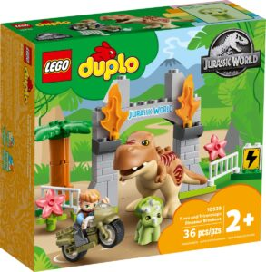 lego 10939 t rex and triceratops dinosaur breakout